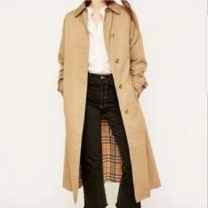 Burberry Classic Vintage Trench Coat